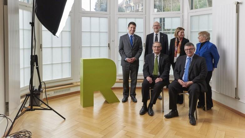 Der Rat des SEK: Gottfried Locher, Daniel Reuter, Esther Gaillard, Lini Sutter (stehend von links), Peter Schmid und Daniel de Roche (sitzend von links).