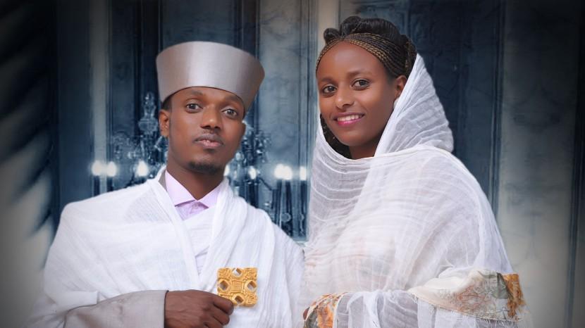 Pfarrer Daniel Ghebretnsae und seine Frau Okba.