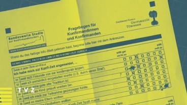 Fragebogen für Konfirmanden (Cover des Buches «Konfirmationsarbeit im Kanton Zürich», TVZ-Verlag).