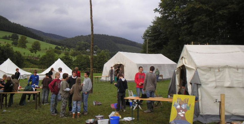 Zeltlager eines Jugendverbands