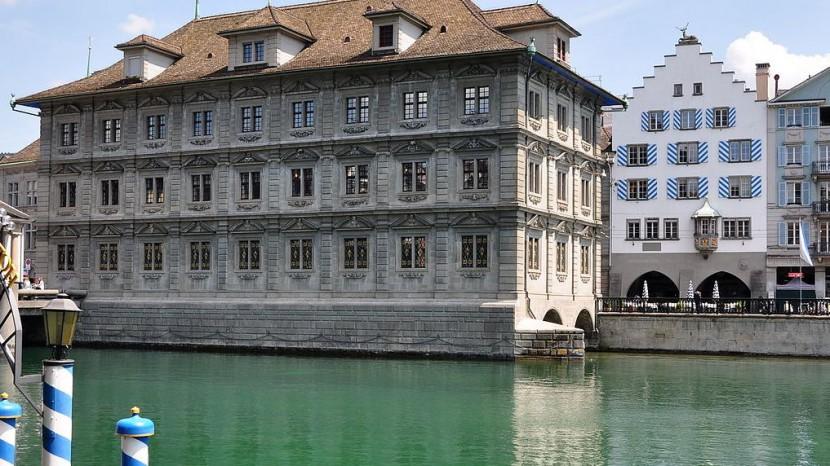 Rathaus Zürich: Hier tagt die Synode.
