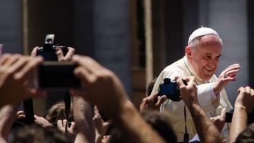 Papst Franziskus im Rampenlicht.