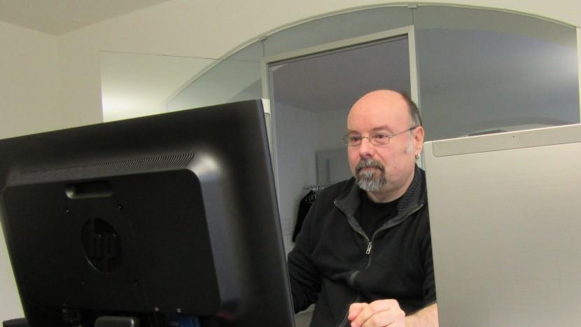 «Vielleicht muss zuerst etwas passieren»: Roger Müller in seinem Büro in Zürich.