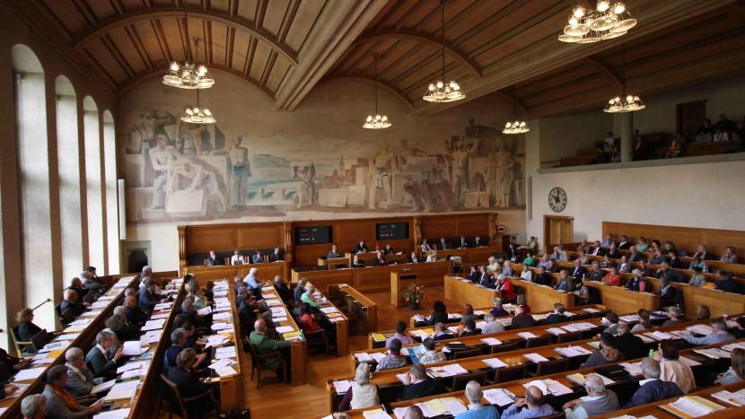 An der Sommersynode im Berner Rathaus lief es wie am Schnürchen - die Synodalen waren in fast allem einer Meinung.