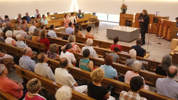 Gut besucht war der Auftakt zu den Freitagabendgottesdiensten in der reformierten Kirche Zürich-Sihlfeld.