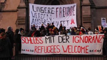 Kirchenasyl: Kundgebung gegen die Räumung der Matthäuskirche in Basel.