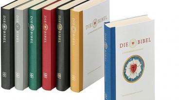 Am 19. Oktober erscheint die neue Lutherbibel in verschiedenen Ausstattungen.