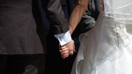 Nach dem Willen der EDU soll die Ehe ausschliesslich Frau und Mann vorbehalten sein.