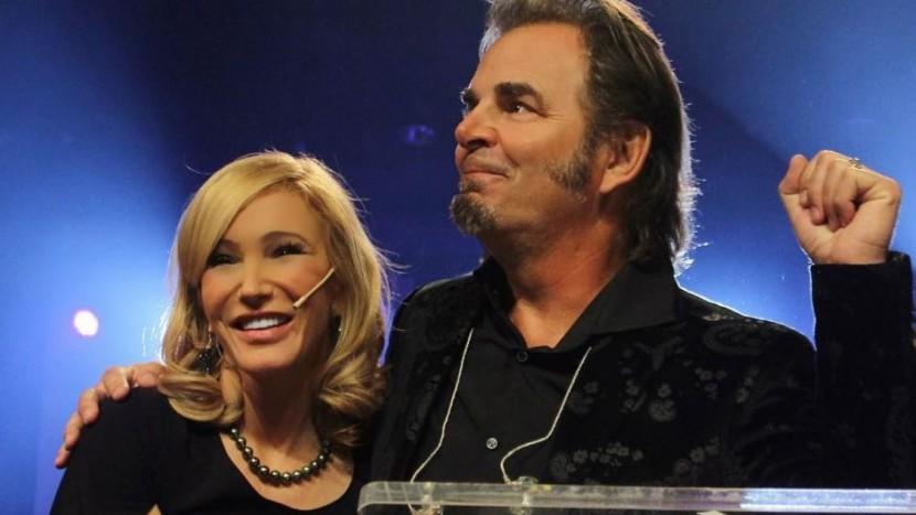 Tele-Evangelistin Paula White mit ihrem Ehemann, dem berühmten Keyboarder von «Journey», Jonathan Cain.