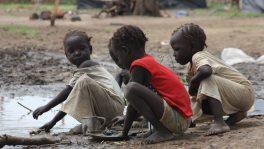 Flüchtlingskinder im Südsudan.