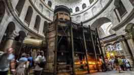 Fast ein Jahr dauerte die Renovation der Grabeskirche in Jerusalem. Seit 1927 schützte ein Stahlkorsett das Grab vor dem Einstürzen.