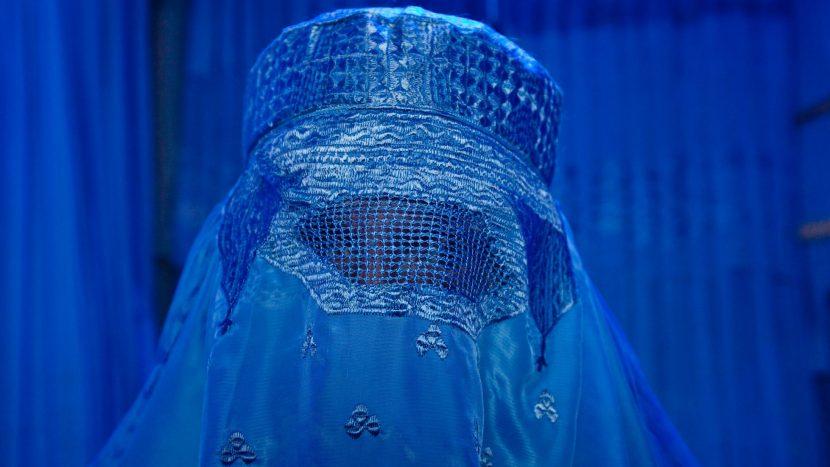 Burkas bleiben im Kanton St. Gallen erlaubt. Sie müssen aber abgelegt werden, wenn Ämter und Behörden dies wünschen.