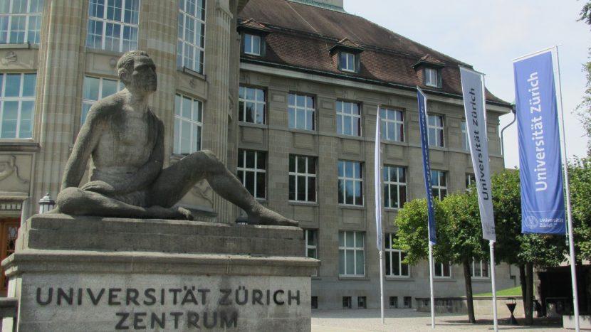 Quest-Studierende können ihr Studium an den Universitäten Zürich und Basel bald mit einem Master abschliessen.