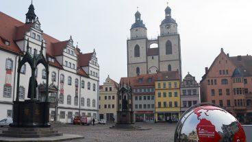 Mit der Unterzeichnung der «Gemeinsamen Erklärung zur Rechtfertigungslehre» in der Stadtkirche Wittenberg legte die Weltgemeinschaft Reformierter Kirchen ein klares Bekenntnis zur Ökumene ab.